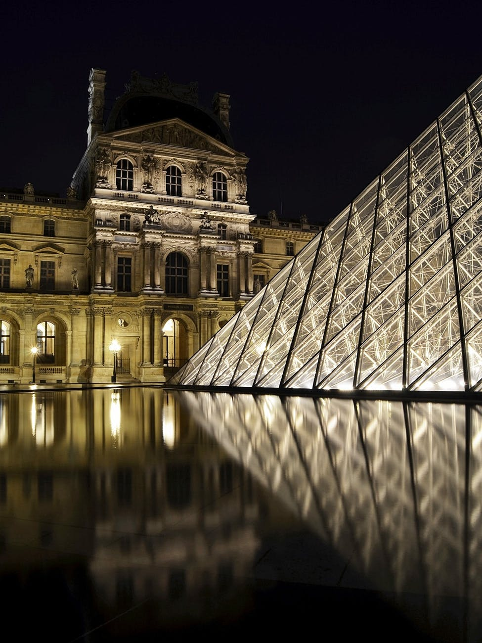Louvre Secret Entrance